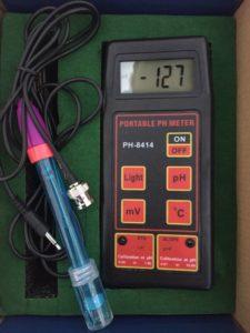 Handheld PH meter